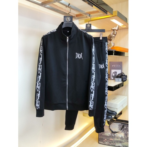 Christian Dior Tracksuits Long Sleeved For Men #917014