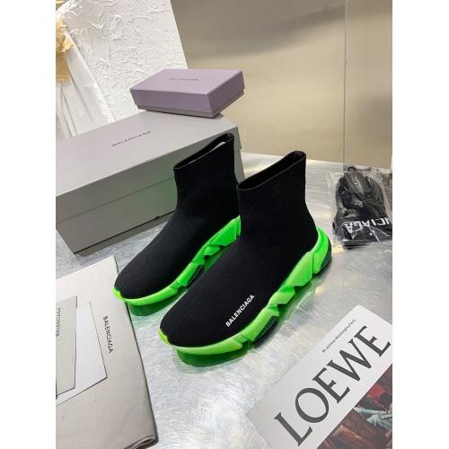 Balenciaga Boots For Women #917330