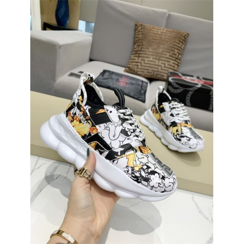 Versace Casual Shoes For Men #917466