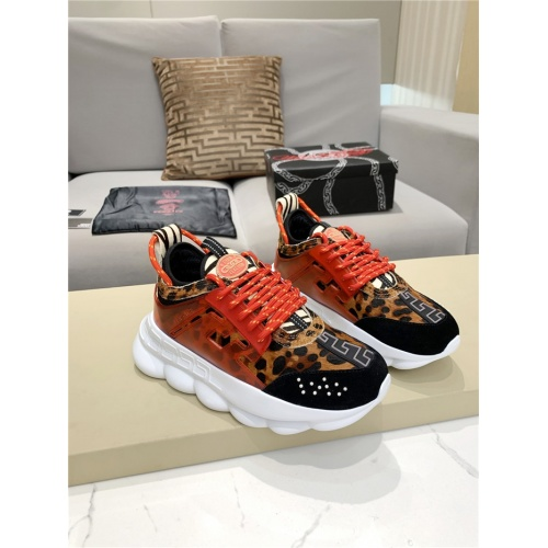 Versace Casual Shoes For Men #917488