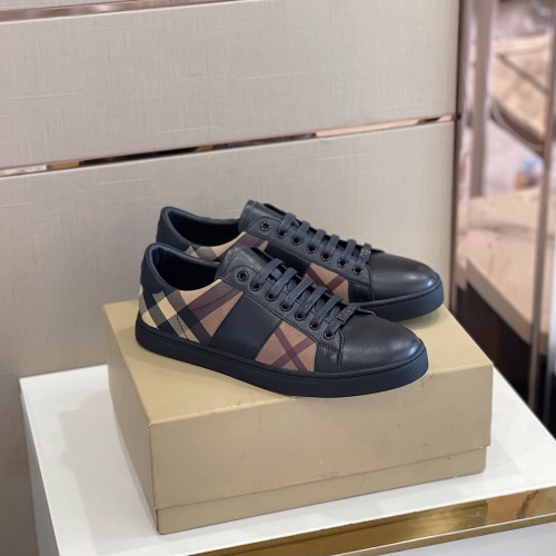 Burberry Casual Shoes For Men #917500