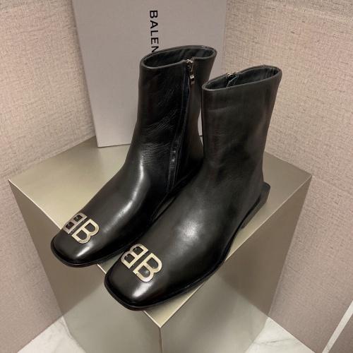 Balenciaga Boots For Men #918333