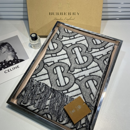 Burberry Scarf For Women #918892