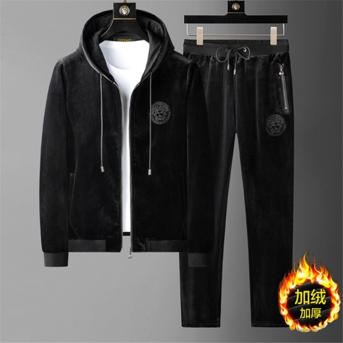 Versace Tracksuits Long Sleeved For Men #919205