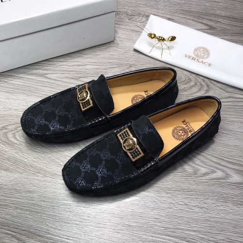 Versace Leather Shoes For Men #919283