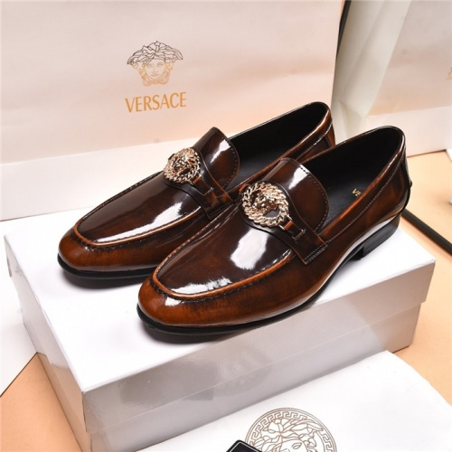 Versace Leather Shoes For Men #919733