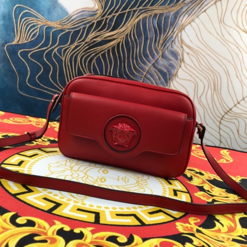 Versace AAA Quality Messenger Bags For Women #920114