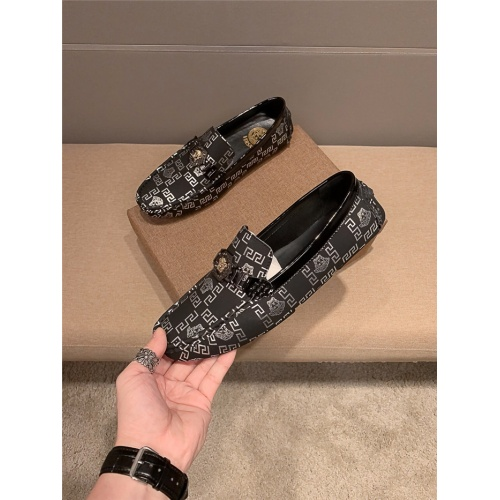 Versace Leather Shoes For Men #920602