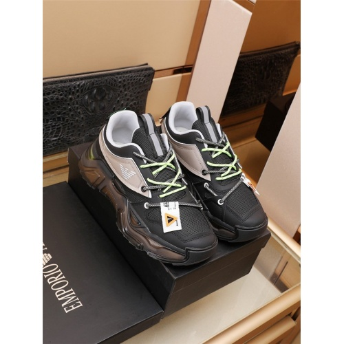 Versace Casual Shoes For Men #921914
