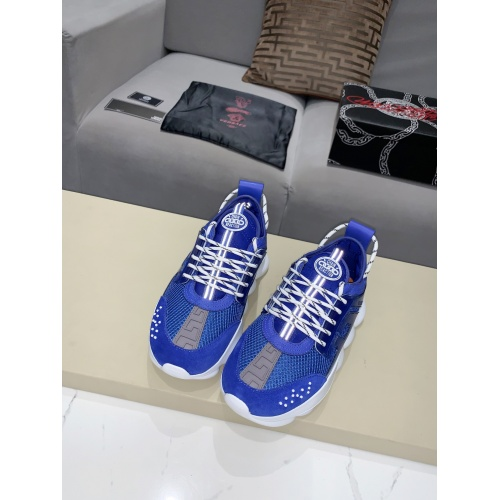 Versace Casual Shoes For Men #922053