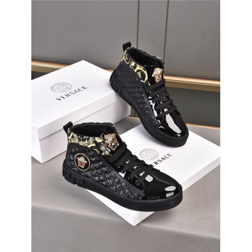 Versace High Tops Shoes For Men #922235